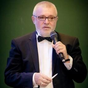 Лекция «Вызовы эпохи и ответ профессиональных сообществ психологов и психотерапевтов»*